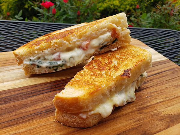 espinaca grilled cheese