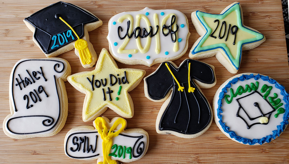 Graduation sugar cookies